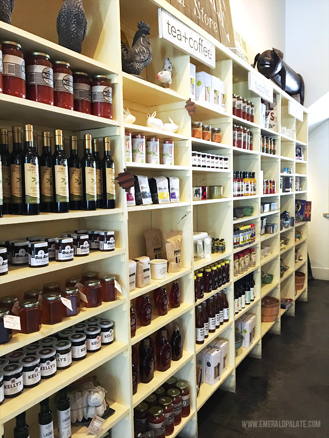 Red Hills Market sells goods from local PNW makers. Pick them up and picnic at the wineries in Willamette Valley wine country in Oregon.